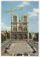 {70621} 75 Paris , Notre Dame , Place Du Parvis ; Animée , Voitures - Notre Dame De Paris