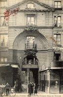 PARIS 6è - Entrée De La Cour Du Dragon, Rue De Rennes - C.L.C. - Publicité MAGGI - Arrondissement: 06