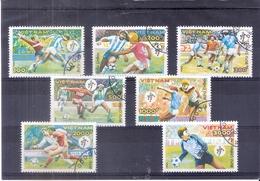 Football - Italia 1990 - Vietnam - Série Complète - Oblitéré (à Voir) - 1990 – Italie