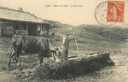 """CPA FRANCE 74 """"L'Abreuvoir Dans Les Alpes"""" - Francia"""
