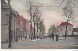 Niel - Gemeentestraat - Zeer Geanimeerd - Gekleurde Kaart - 1912 - Uitg. Fr. De Vries-Boeckx - Niel
