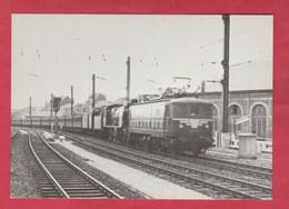 Bruxelles-Chapelle Vers 1956 - Remorquage De Voitures GCI Par Une Locomotive électrique Type 101 - Reproductions