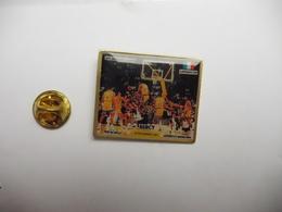 Beau Pin's , Basket , Basketball ,  Lakers De Los Angelés - Limoges CSP , Bercy - Basketbal