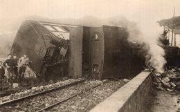V12403 Photo Cartonnée Repro. Accident Ferroviaire  San Salvadour - Frankrijk