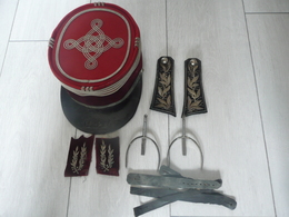KEPI - EPAULETTES - GALONS -  EPERONS CAVALERIE  - COMMANDANT DRAGONS - Militaria - Armée Française - Uniforms