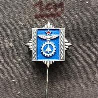 Badge (Pin) ZN006826 - Military (Army) Aviation Technical Academy Yugoslavia - Militaria