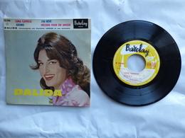 EP 45 T  DALIDA  LABEL  BARCLAY  70290 LUNA CAPRESE - Disco, Pop