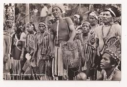 SURINAME Indianen In Feestdos - Surinam