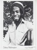 PHOTO ORIGINALE 18X13 / DELROY WASHINGTON - REGGAE JAMAÏQUE 1977 - Célébrités