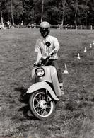 Photo Originale Motocyclisme & Scooter Simson Schwalbe Kr51/1 -  Schwalbe (l'hirondelle) -  (1964-1986) - Cyclisme