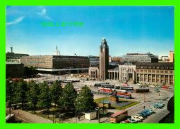 HELSINKI, FINLANDE -  VIEW OVER THE CENTRAL RAILWAY STATION SQUARE - KUULTOKUVA - - Finlande