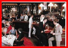 CPSM/gf  NEW YORK (Etats-Unis)  Hôtel Waldorf Astoria. The Bull & Bear, Animé, Salon Et Bar...F226 - Cafés, Hôtels & Restaurants