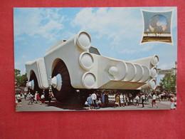 New York World's Fair 1964-65  Chrysler Corporation Exhibit --ref 2922 - Exhibitions