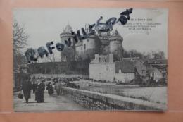 Cp Combourg Le Chateau Animé - Combourg