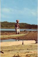 (973). CPM Guyane Iles Du Salut Lever De Soleil Ile Au Diable & Plage Des Roches & 130 Haut Maroni Femme Boni - Guyane