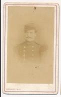 Photo Ancienne CDV Portrait D'un Militaire Circa 1880 Photographie Delsart à Anzin - Guerre, Militaire