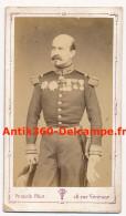 Photo Ancienne CDV Portrait D'un Officier Général Rochu ? Légion D'Honneur Décorations Photographie Franck Paris - Guerre, Militaire