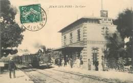 """CPA FRANCE 06 """"Juan Les Pins, La Gare"""" - Juan-les-Pins"""