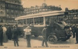 H113 - AUTOMOBILE - Les Nouveaux Autobus Parisiens - Bus & Autocars