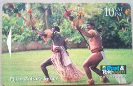 07FJD Fijian Culture $10 - Fiji