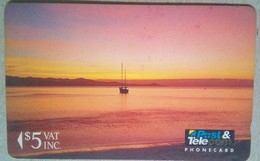 01FJC !st Issue $5 - Fiji