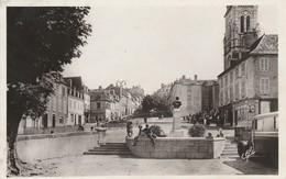 Pyrénées-atlantiques : OLORON-SAINTE-MARIE : La Place Gambetta Et L'église ( Photo Vérit. ) - Oloron Sainte Marie