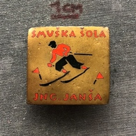 Badge (Pin) ZN006777 - Skiing Yugoslavia Slovenia Smuska Skola Jng. Jansa - Winter Sports