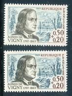 France - N° 1375 - 1 Exemplaire Clair + 1 Exemplaire Foncé , Neufs ** - Ref VJ40 - Errors & Oddities