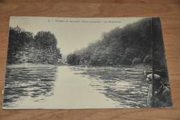 1123-  Descente En Barquette, Chiny Lacuisine, Le Goufrelouet - Animée - 1927 - Chiny