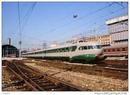 92 FS Treni ETR 251 Arlecchino Milano Centrale Rotabili Railroad Trein Railways Treno Ferrovie Italiane Settebello Breda - Stazioni Con Treni