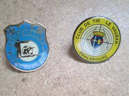 Lot De 6 Pin's Theme Tir , Communes  De Lorraine , Dont Phalsbourg, Laxou,freyming Merlebach, - Badges