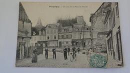 PICQUIGNY :un Coin De La Place Du Marché - Picquigny