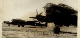ARGENTEENE AIR FORCE 1948 MANZANARES BUENOS AIRES AVRO LINCOLN   BOMBER   18* 9 CM Aviation, AIRPLAIN, AVION AIRCRAFT - Lugares