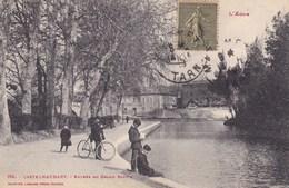L Aude Castelnaudary Entree Du Grand Bassin Tres Animée Tampon Gare De Castelnodary - Castelnaudary