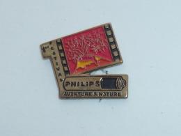 Pin's 1° FESTIVAL AVENTURE ET NATURE, PHILIPS - Unclassified
