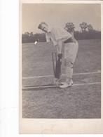 Postcard Cricket Unknown Man At The Crease My Ref  B12037 - Cricket