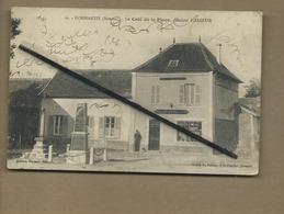 CPA Abîmée  - Dommartin  -  (Somme ) - Le Café De La Place , Maison Vasseur - France