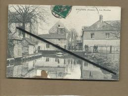 CPA Abîmée , Rétrécit - Salouel - (Somme ) -  Les Moulins - France