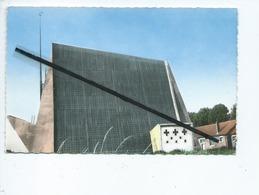 CPSM - Eglise D'Estrées Deniecourt Reconstruite Style Moderne 1959 - France