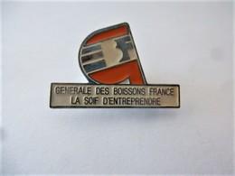 PINS GENERALE DES BOISSONS FRANCE LA SOIF D'ENTREPRENDRE / 33NAT - Beverages