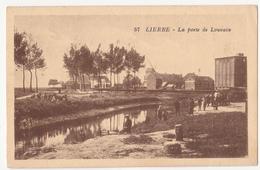 Lier: La  Porte De Louvain.(Windmolen Op Achtergrond) - Lier