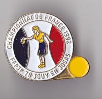 PIN'S THEME SPORT PETANQUE JOUY EN JOSAS  YVELINES  CHAMPIONNAT DE FRANCE - Bowls - Pétanque