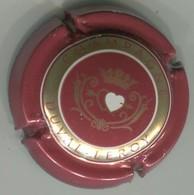 CAPSULE-CHAMPAGNE DUVAL LEROY N°43a Rouge Foncé Or & Blanc Verso Métal - Duval-Leroy
