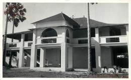 MADAGASCAR - Nossi Bé, Bâtiment à Identifier. - Madagascar