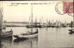 Cp Petit Fort Philippe Nord, Les Bateaux Dans Le Port - France