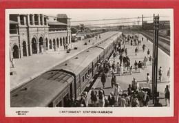 CPA: Pakistan - Karachi - Cantonment Station - Train - - Pakistan