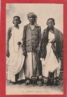 CPA: Djibouti - Homme Et Femmes - Types - - Djibouti