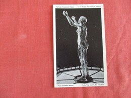 Transparent Women Museum Of Science     New York > New York City ----- Ref 2925 - Museum