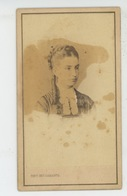 RUSSIE - RUSSIA - Portrait Femme Réalisé Par PHOTO. BERGAMASCO - Photo Sur Support Cartonné Format 10,6X6,2 Cm - Russie