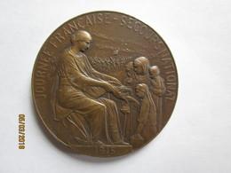 A IDENTFIER . Journée Française - Secours National 1915 - Signée Hippolyte Lefebvre . Patrie Au Verso .  . Bronze - France